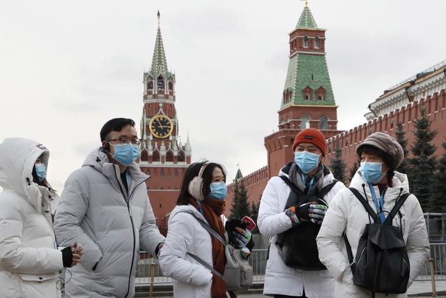 Covid-19: Nga cấm nhập cảnh nhiều nước, trục xuất người vi phạm quy định cách ly  - Ảnh 1.
