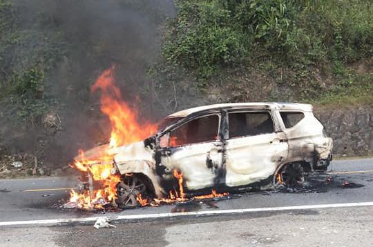 Giám định ADN tìm danh tính 2 người chết trong ôtô cháy sau tiếng nổ lớn ở Quảng Nam - Ảnh 4.