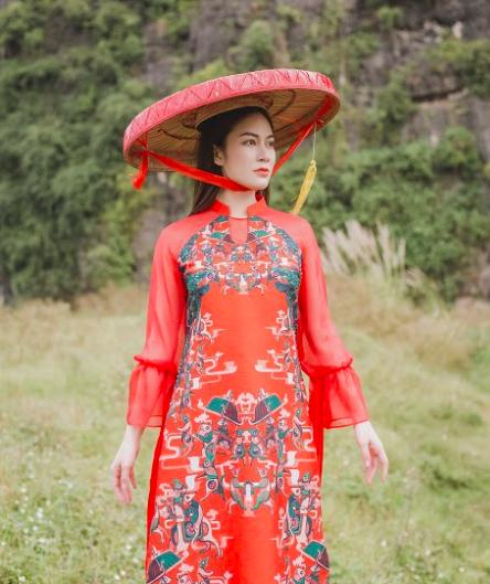 Hoa hậu áo dài Tuyết Nga bất ngờ phát hành MV giữa tâm dịch Corona - Ảnh 1.