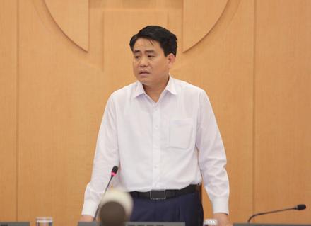 Chủ tịch Hà Nội: Từ nay đến 5-4, người dân nếu ra ngoài phải giữ khoảng cách với nhau - Ảnh 1.