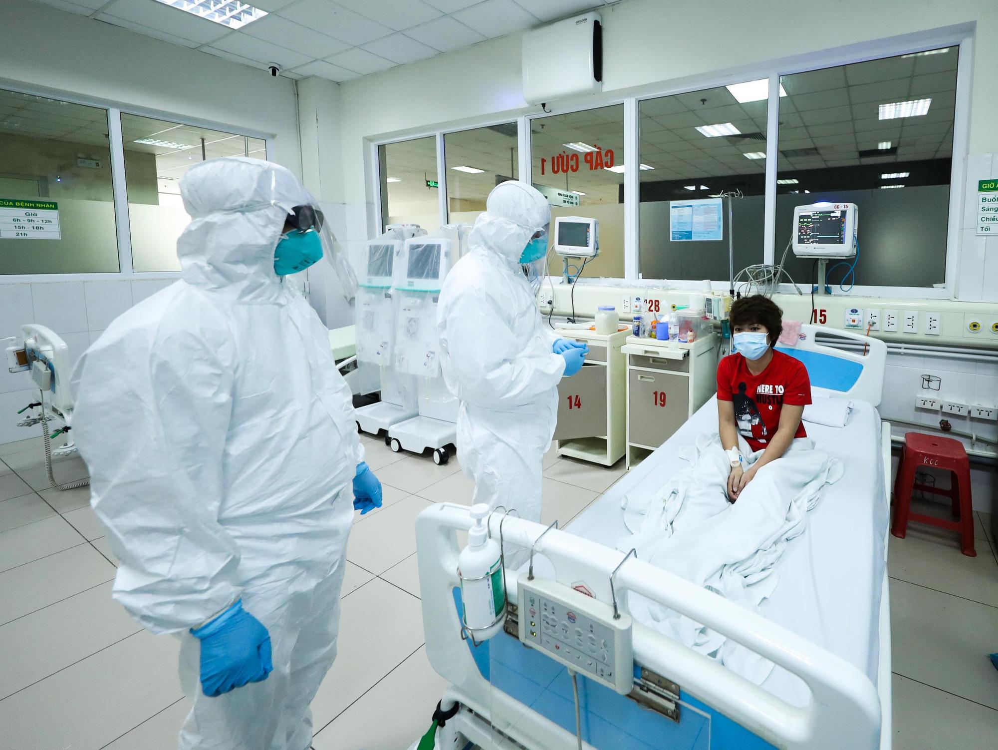 [eMagazine] Ổ dịch Covid-19 nguy hiểm nhất Việt Nam được phát hiện, khống chế thế nào? - Ảnh 32.