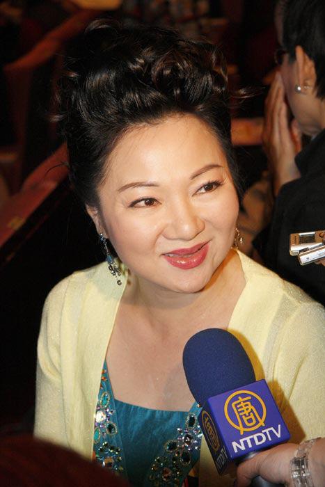 Diễn viên nổi tiếng Đài Loan nộp đơn kiện kẻ bình luận ác ý trên mạng - Ảnh 2.