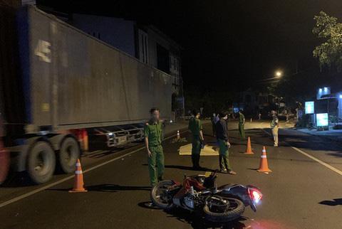 Gây tai nạn làm 2 người chết ở Bình Định rồi chạy trốn vào TP HCM - Ảnh 1.