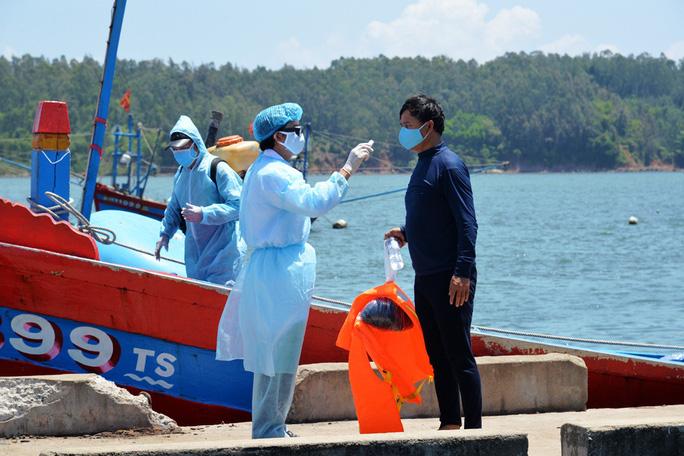 [eMagazine] - Bóc mẽ loạt âm mưu thâm độc của Trung Quốc trên biển Đông thời dịch Covid-19 - Ảnh 6.