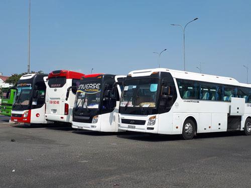 CÔNG TY TNHH POU YUEN VIỆT NAM: Thêm 416 xe đưa đón công nhân để phòng dịch - Ảnh 1.