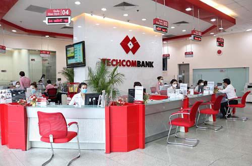 Techcombank tung gói tín dụng hỗ trợ toàn diện 30.000 tỉ đồng - Ảnh 1.