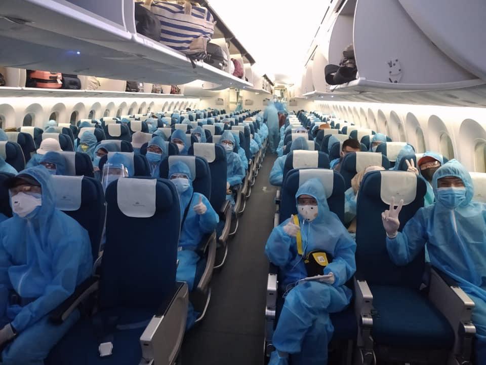 Những điều đặc biệt về chuyến bay mang tên Bác Hồ - Ảnh 13.