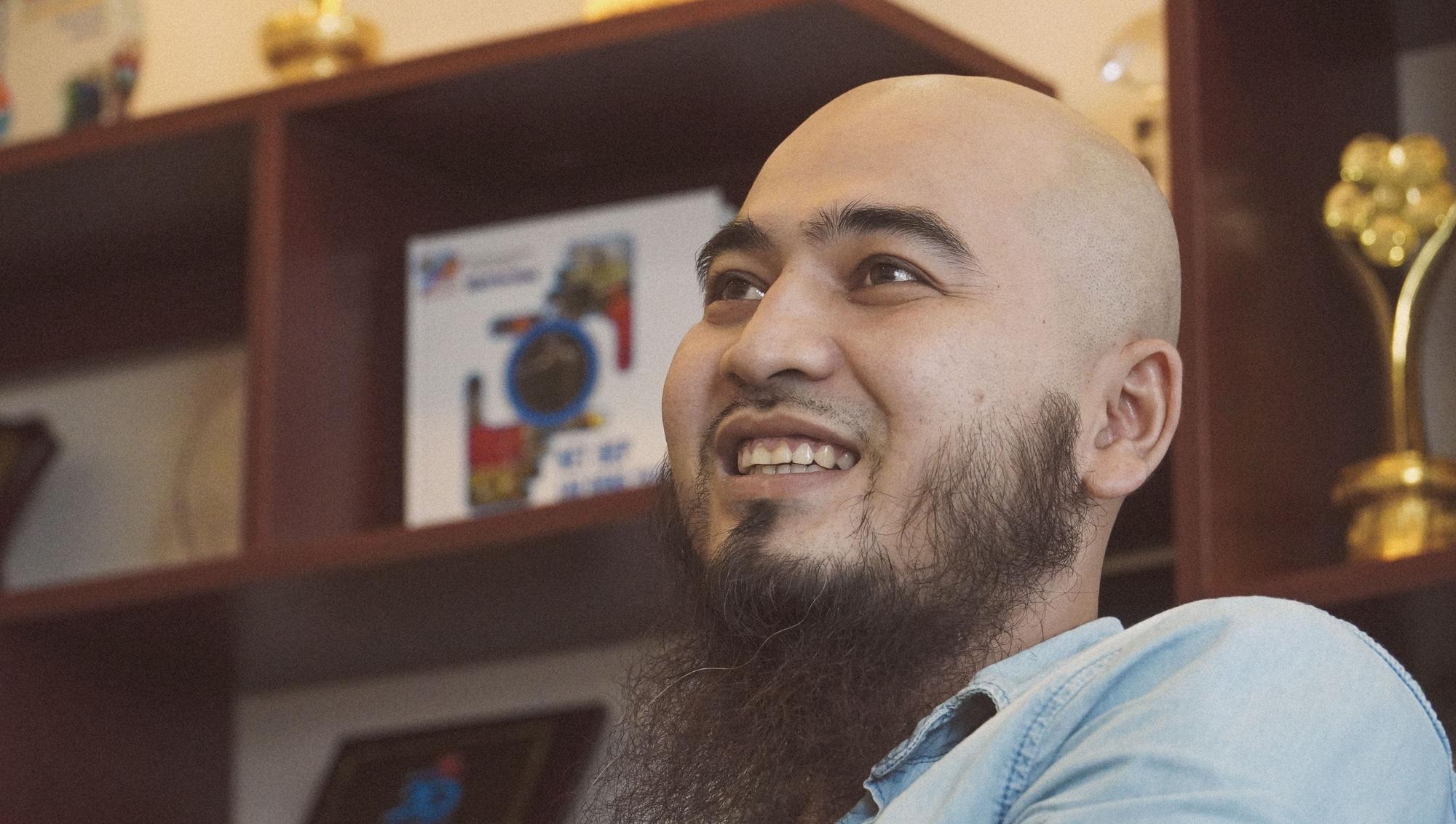 [eMagazine] - Ca sĩ Ydzang Arul: Tôi có tất, chỉ thiếu tiền! - Ảnh 8.