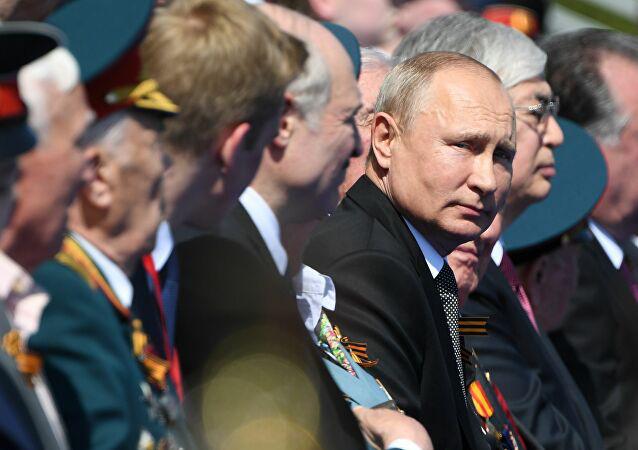 Nga: Hoành tráng lễ duyệt binh kỷ niệm 75 năm Ngày Chiến thắng - Ảnh 2.