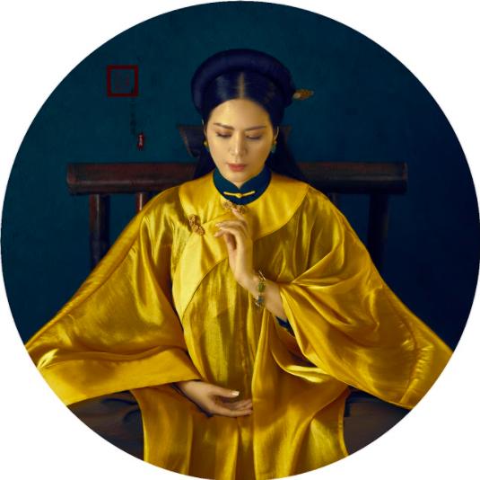 Đinh Hiền Anh đón sinh nhật bằng bộ ảnh hoá mỹ nhân xưa - Ảnh 4.