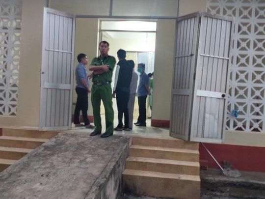 Diễn biến mới nhất vụ bị cáo nhảy lầu tự tử tại TAND tỉnh Bình Phước - Ảnh 1.