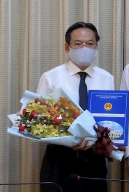 Bắt Phó Giám đốc Sở Quy hoạch Kiến trúc TP HCM Phan Trường Sơn - Ảnh 1.