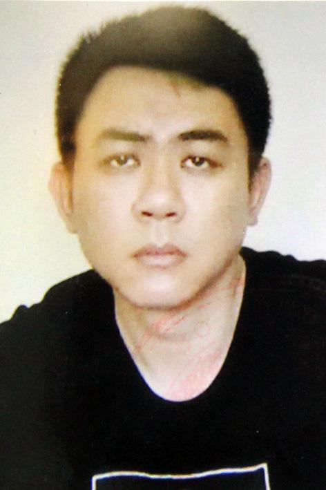 Bắt thành viên tổ thư ký, tài xế của Chủ tịch UBND TP Hà Nội vì chiếm đoạt tài liệu vụ Nhật Cường - Ảnh 3.