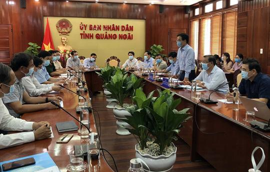 Công bố lịch trình di chuyển bệnh nhân ca 419 Covid-19 ở Quảng Ngãi  - Ảnh 1.
