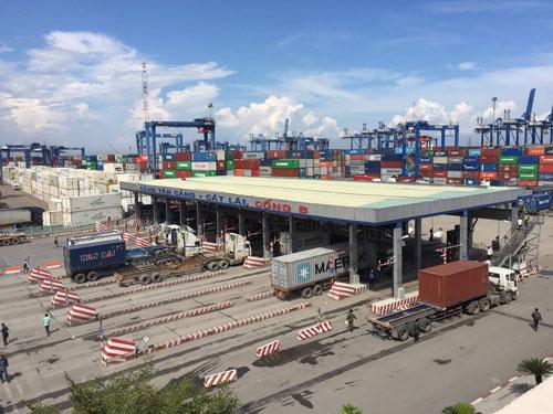 Nóng: UBND TP HCM đề nghị hoãn thu phí hạ tầng cảng biển - Ảnh 1.