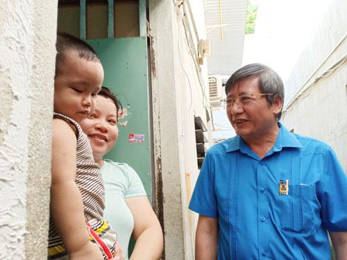 Công ty CP Giày da Huê Phong, TP HCM: Trên 110 tỉ đồng chi trả lương, trợ cấp mất việc cho công nhân - Ảnh 1.