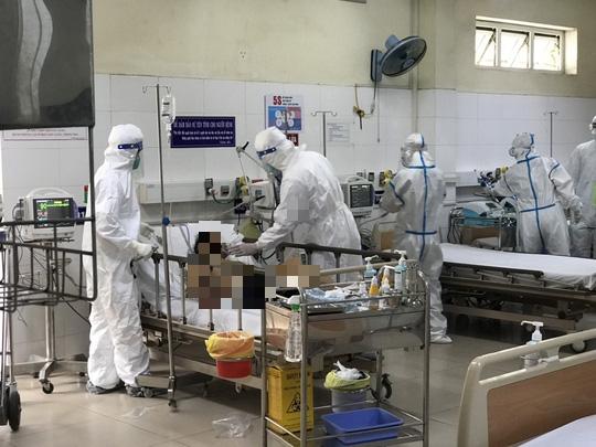 Lịch trình 6 ca Covid-19 mới: Có bệnh nhân là bảo vệ Bệnh viện Đà Nẵng - Ảnh 1.