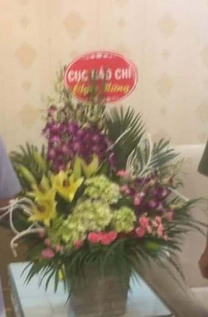 Mạo danh Cục Báo chí đi tặng hoa Công an tỉnh Thanh Hóa nhằm... đánh bóng tên tuổi - Ảnh 2.