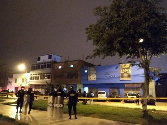 Peru: Đi hộp đêm chui, 13 người giẫm đạp nhau tới chết - Ảnh 1.