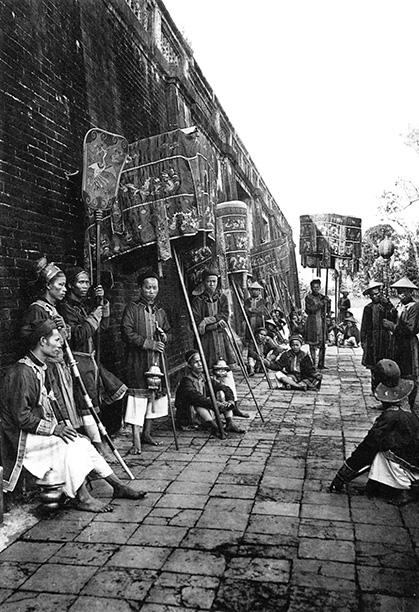 Thú vị với hình ảnh Việt Nam hơn 100 năm trước qua góc máy nhà nhiếp ảnh Pháp - Ảnh 3.