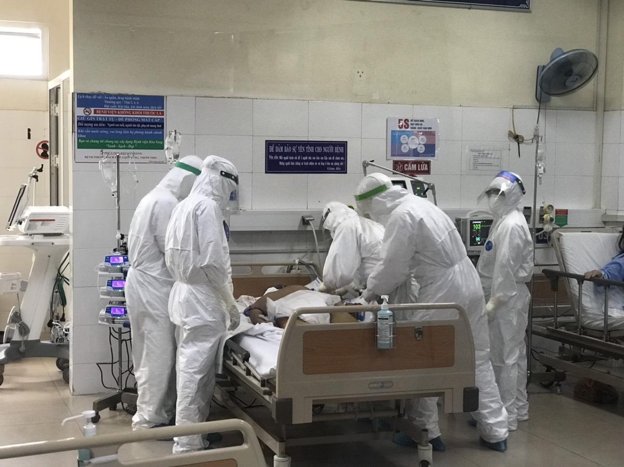 Ca Covid-19 mới ở Đà Nẵng bị lây nhiễm từ bố - Báo Người lao động