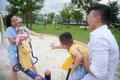 Quốc Cơ tập xiếc cho con trai 3 tuổi để lập kỷ lục Guinness Việt Nam - Ảnh 28.