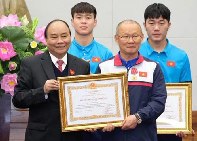 HLV Park Hang-seo: Hành trình rực rỡ và Huân chương Lao động hạng Nhì - Ảnh 23.