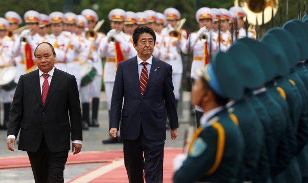 [eMagazine] Dấu ấn Thủ tướng Abe - Ảnh 14.