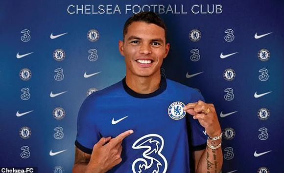 Siêu trung vệ Thiago Silva đầu quân giá 0đ cho Chelsea - Ảnh 1.