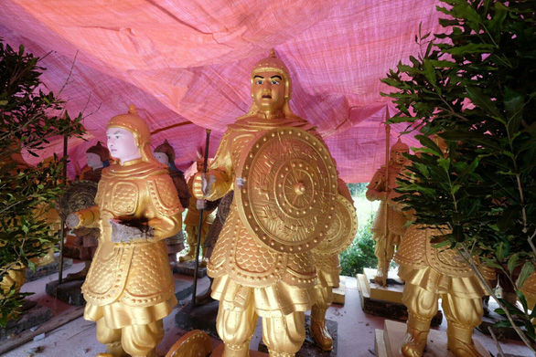 Ông chủ Đại Nam lên tiếng về nguồn gốc các tượng lính giống lính Tần Thuỷ Hoàng - Ảnh 1.