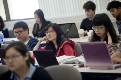 Mỹ thu hồi hơn 1.000 thị thực của công dân Trung Quốc nhạy cảm - Ảnh 2.