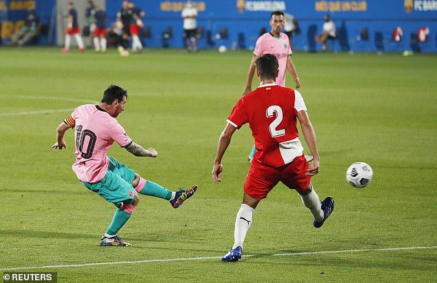 Messi lập siêu phẩm ngày tái xuất, Barcelona thắng tưng bừng Girona - Ảnh 5.