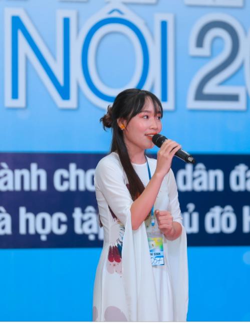 Hơn 400 thí sinh tranh tài vòng sơ khảo Giọng hát hay Hà Nội - Ảnh 1.