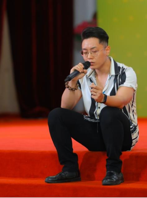 Hơn 400 thí sinh tranh tài vòng sơ khảo Giọng hát hay Hà Nội - Ảnh 2.
