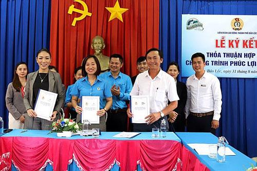 Lâm Đồng: Hợp tác nâng phúc lợi cho đoàn viên - Ảnh 1.