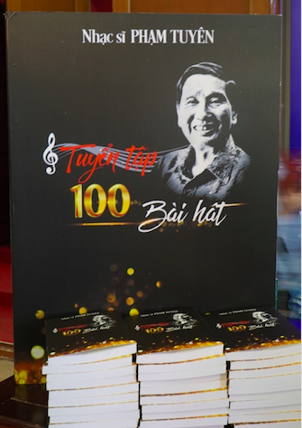 Nhạc sĩ Phạm Tuyên xúc động trong đêm nhạc mừng sinh nhật tuổi 91 - Ảnh 5.