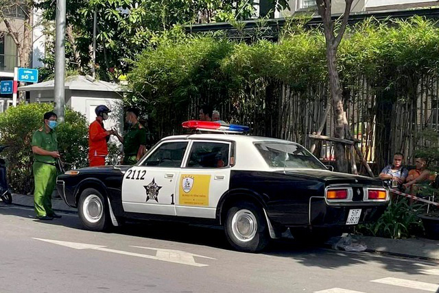 What did Ho Chi Minh City police say about the American police car that appeared in Vietnam?  - Photo 1.