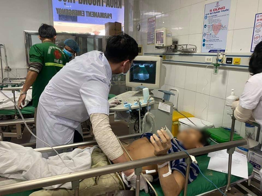 Tai nạn ở công trình trụ sở Sở Tài chính Nghệ An, hàng chục người bị thương - Ảnh 3.