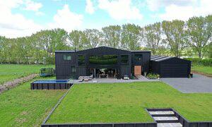 Kiến trúc sư xây dinh thự từ 12 container - Ảnh 5.