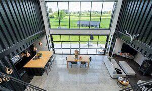 Kiến trúc sư xây dinh thự từ 12 container - Ảnh 8.