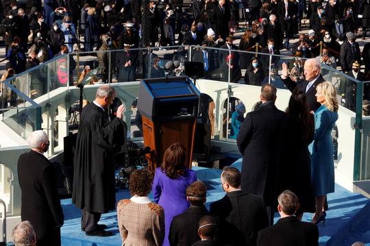 Thông điệp đầu tiên của Tổng thống Biden - Ảnh 2.