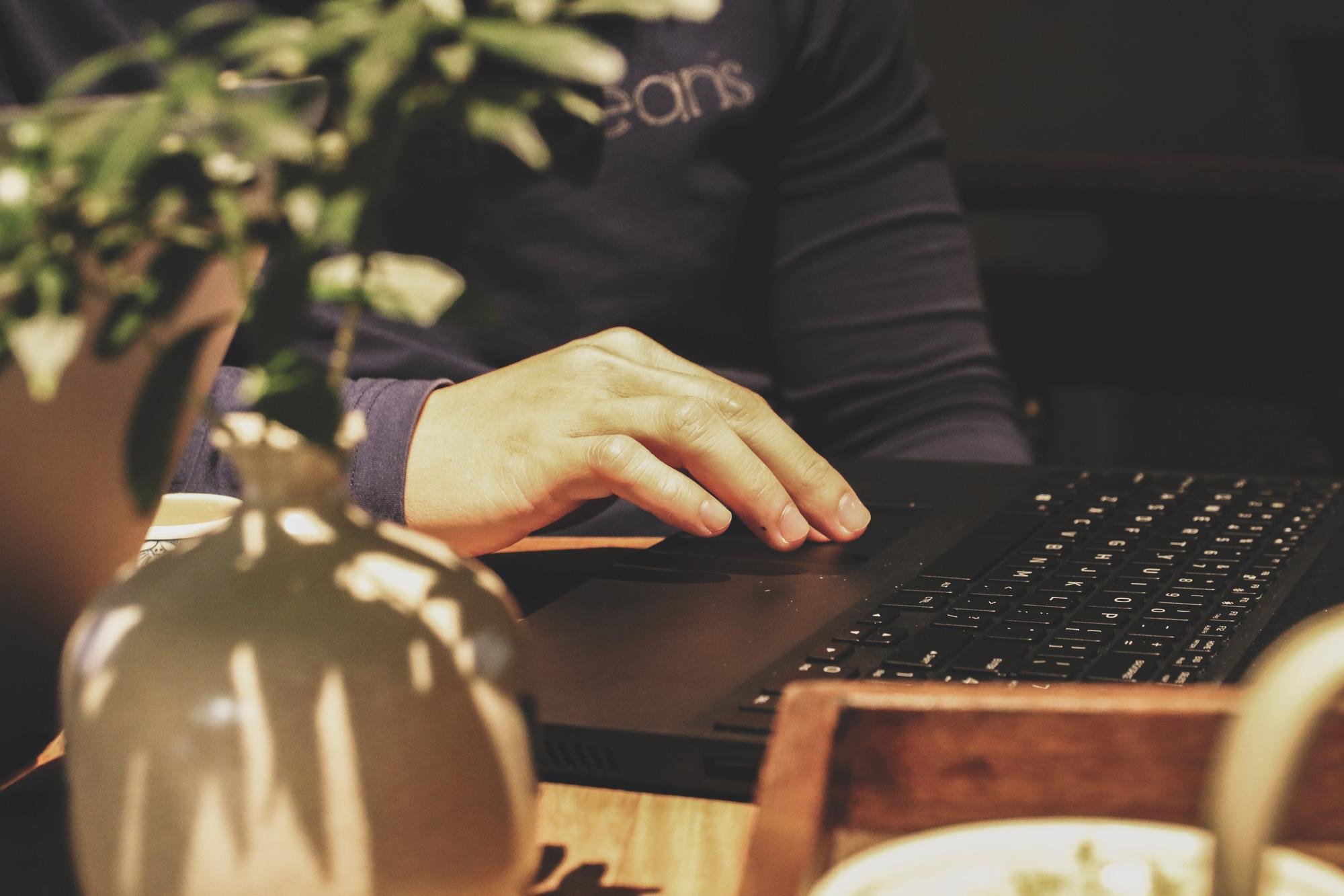 [eMagazine] Khi hacker Hiếu PC bị nhiều hacker ẩn danh tấn công - Ảnh 3.