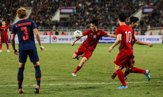 AFC ấn định trận Việt Nam - Malaysia vào ngày 30-3 trên sân Bukit Jalil - Ảnh 1.