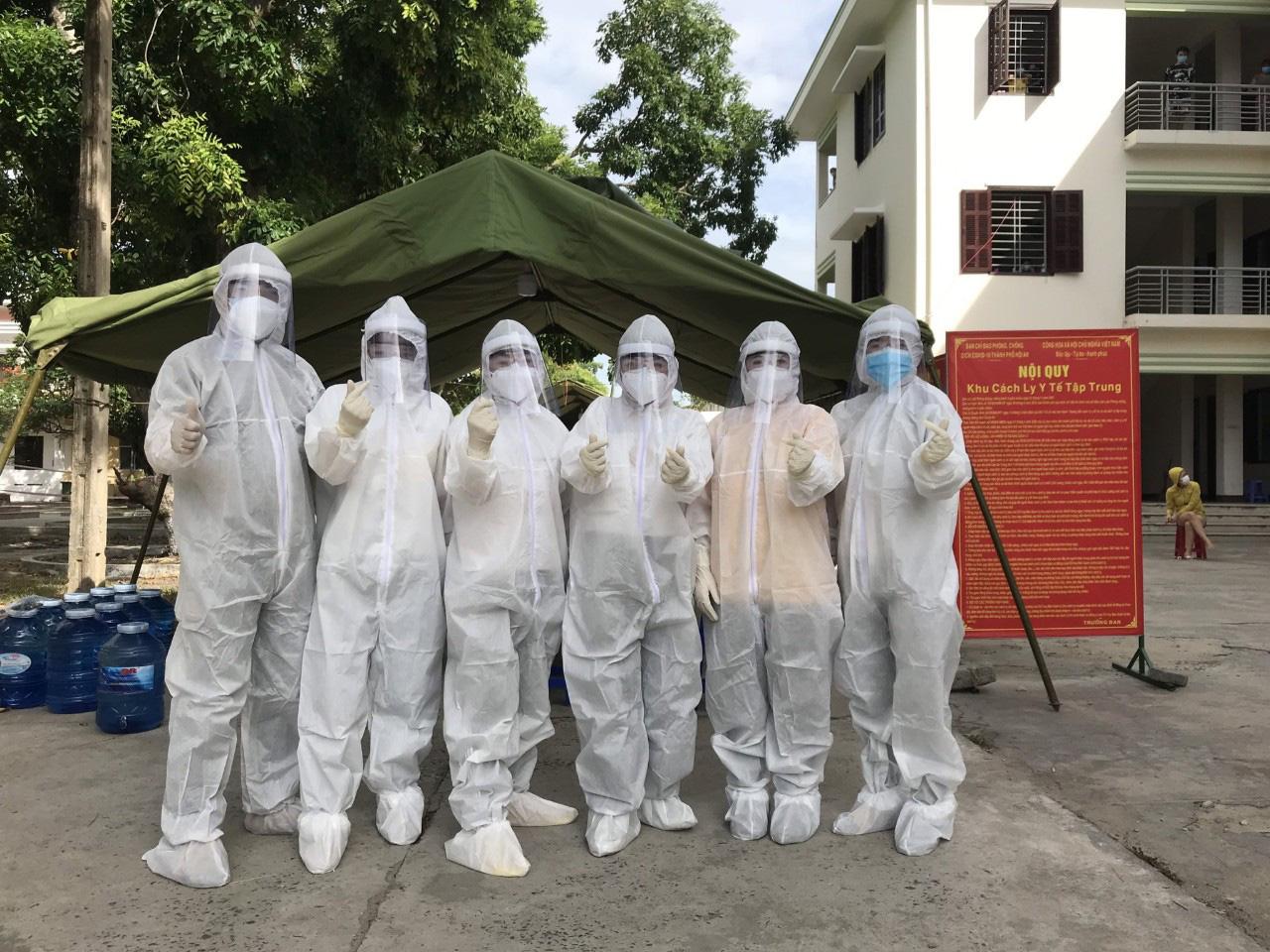 [eMagazine] - Việt Nam đang trải qua làn sóng lây nhiễm Covid-19 lần thứ 3, bao giờ kết thúc? - Ảnh 11.