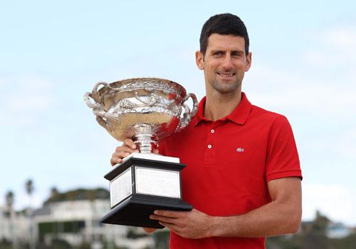 Quần vợt thế giới khởi đầu thành công - Ảnh 1.