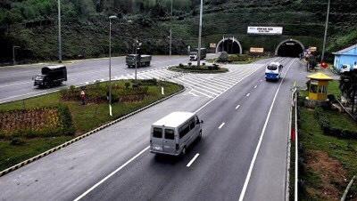Hầm Hải Vân 2 mở cửa cho xe lưu thông - Ảnh 1.