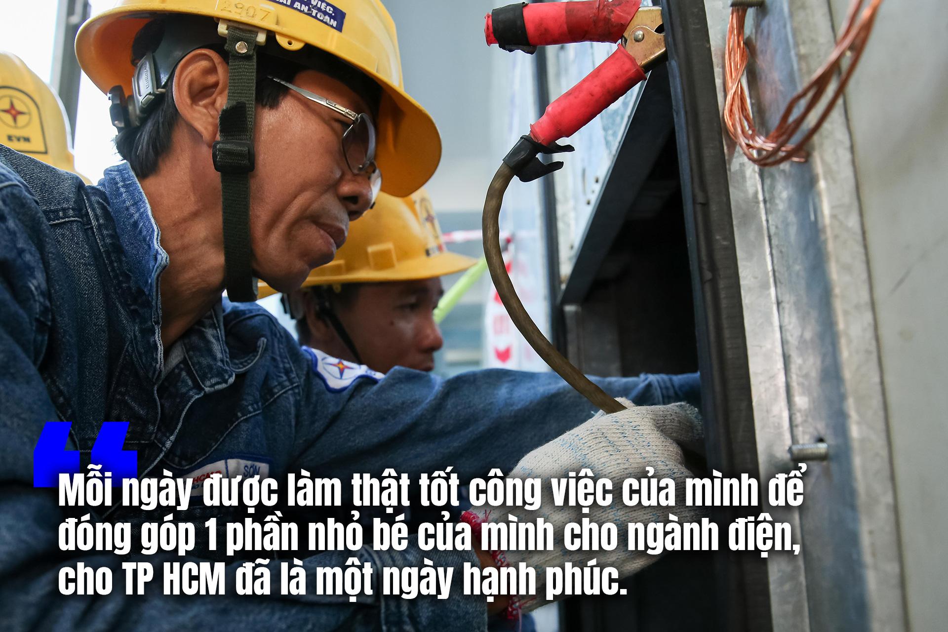 [eMagazine] Ngày thường của thợ điện Anh hùng lao động - Ảnh 3.