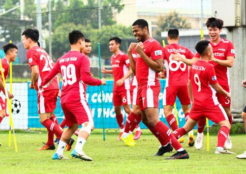Đội tuyển Việt Nam đau đầu vì giải châu Á - Ảnh 1.
