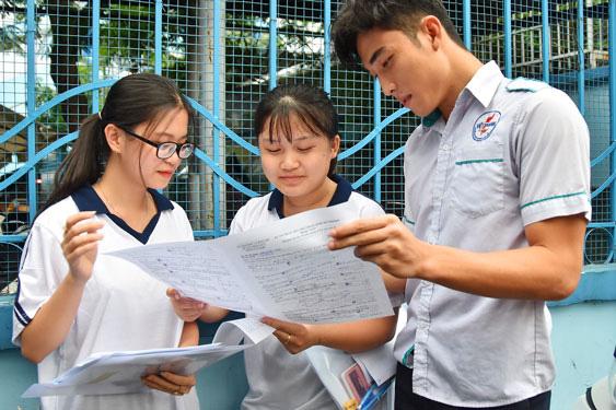 Sắp công bố đề thi tốt nghiệp THPT 2021 tham khảo - Ảnh 1.