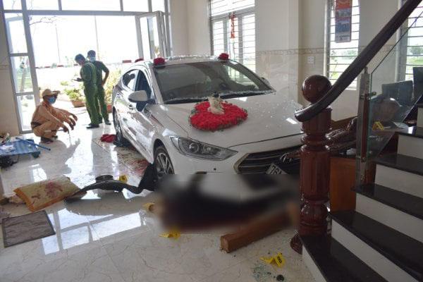 Nữ tài xế lái ôtô đi rửa tông thẳng vào phòng khách, chủ nhà trọng thương - Ảnh 1.
